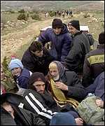 _1245200_refugees150.jpg